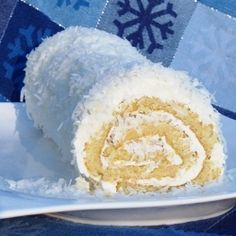 If you're a coconut lover, you won't want to miss this Coconut Roulade Roll Cake. This roll cake is like a combination of a coconut layer cake and cream pie, so if you like those desserts, you'll love this cake. Cake Roll Recipes, Dessert Recipes, Dessert Ideas, Just Desserts, Delicious Desserts, Unique Desserts, Yummy Food, Cake Day, Coconut Recipes