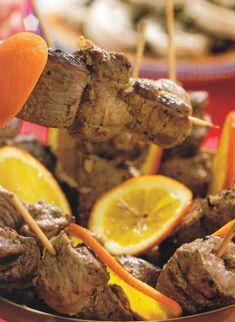 Bárányhúsos nyársak citrommal Beef, Food, Cilantro, Meat, Eten, Ox, Ground Beef, Meals, Steak