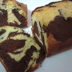 Laetitia Dauphin vous propose une recette de cake marbré à réaliser à l'aide de votre robot Cooking Chef Gourmet. Un gâteau gourmand qui plaira aux petits et grands son chocolat gourmand.  #kenwood #cookingchef #recette #cake #cakemarbre #recettefacile #chocolat #recettegateau #gouter #kidsfood #petitedejeuner