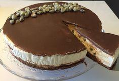 Voita ja Suolaa: Rommirusina-moussekakku Dessert Recipes, Desserts, Cheesecakes, Tiramisu, Food And Drink, Baking, Ethnic Recipes, Kitchens, Drinks