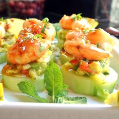Mojito Shrimp Bites in Cucumber Cups with Avocado-Pineapple Salsa; For the shrimp: 20 shrimp; Cold Appetizers, Holiday Appetizers, Healthy Appetizers, Appetizer Recipes, Appetizer Ideas, Luncheon Recipes, Party Recipes, Seafood Recipes, Cooking Recipes