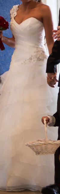 ♥ Hochzeitskleid/Brautkleid mit Reifrock Gr. 36, Farbe: Champagner ♥  Ansehen: https://www.brautboerse.de/brautkleid-verkaufen/hochzeitskleidbrautkleid-mit-reifrock-gr-36-farbe-champagner/   #Brautkleider #Hochzeit #Wedding