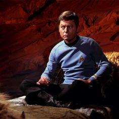 Doctor McCoy ~ All Our Yesterdays Star Wars, Star Trek Tos, Leonard Mccoy, Spock And Kirk, Star Trek 1966, Star Trek Images, Star Trek Original Series, Starship Enterprise, The Final Frontier