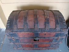 1875 STEAMER TRUNK CAMELBACK DOME WOOD SLATS
