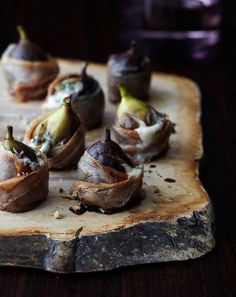 Out of the wood works. Bacon Wrapped Figs, Tapas, Cheese Tasting, Snacks Saludables, Dried Figs, Iranian Food, Goat Cheese, Blue Cheese, Molecular Gastronomy