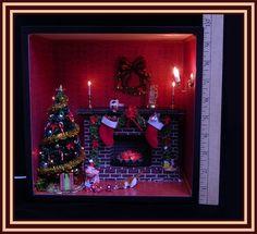 Christmas Room Shadow Box 1:12 Fireplace