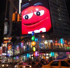 Things to do in New York with kids: M & M Wold in NYC - great fun for the family....   http://www.kid-friendly-family-vacations.com/new-york-city-with-children-m-ms-world-new-york.html Times Square New York, New York City Vacation, New York City Travel, New York Washington, New York Attractions, Manhattan, Ny Ny, Nyc For Kids, Family Vacations