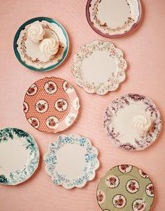 Classic and charming details. #color #table #decor #design #romantic #casadevalentina
