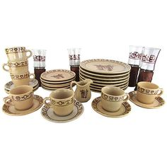 Pre-Owned 1940s Westward Ho Wallace China 33 Pcs (¥110,230) ❤ liked on Polyvore featuring home, kitchen & dining, dinnerware, cream dinnerware, bone china sets, bone china, almond creamer and cream-pitcher