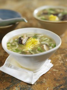 Wan Tan Suppe - smarter - Zeit: 40 Min. | eatsmarter.de
