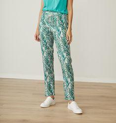 Pantalón pijama en estampado verde en tejido de viscosa, muy cómodo y ligero. Harem Pants, Pajama Pants, Parachute Pants, Pajamas, Fashion, Spring Summer, Tejido, Green, Pjs