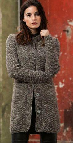 Items similar to Coat/Cardigan on Etsy tejidos Items similar to Coat/Cardigan on Etsy Knitted Coat Pattern, Knit Cardigan Pattern, Coat Patterns, Knit Fashion, Knit Jacket, Sweater Coats, Knitting Designs, Knitting Patterns, Knitwear
