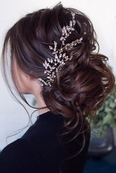 Wedding hairstyles with bangs half up low buns 59 Ideas for 2019 Wedding Hairstyles Half Up Half Down, Half Up Half Down Hair, Best Wedding Hairstyles, Bride Hairstyles, Headband Hairstyles, Hairstyles With Bangs, Trendy Hairstyles, Updo Hairstyle, Debut Hairstyles