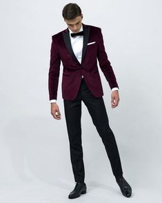 Groom Style    Bordeaux Velvet Suit by Samson     fashion  velvet Smoking ·  Smoking Homme MariageCostume ... 4936f09087a