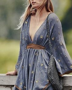 Maxi Casual Dresses – Page 13 – see-the-dress Boho Fashion, Girl Fashion, Fashion Dresses, Winter Fashion, Travel Fashion, Hijab Fashion, Fashion Boots, Retro Fashion, Spring Fashion