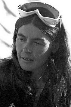 Wanda Rutkiewicz was a Polish mountain climber. She was the first woman to successfully summit Famous Polish People, Polish Mountains, The Descent, The Chosen One, Great Women, Mountaineering, Climbers, Mount Everest, Nepal