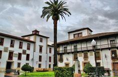 Galería fotográfica de la Comarca de la Sidra Asturias Spain, Mansions, House Styles, Iglesias, Home Decor, Gastronomia, Fotografia, Planner Tips, Paths