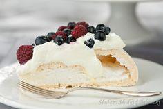 Beza Pavlova | Meringue Pavlova Meringue Pavlova, Vanilla Cake, Pudding, Ethnic Recipes, Google, Puddings