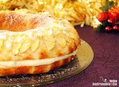 Roscón de Reyes con crema y manzana