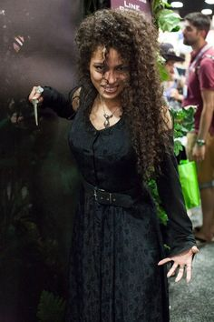 Bellatrix Lestrange - San Diego Comic-Con (SDCC) 2013 - COSPLAY IS BAEEE! Tap the pin now to grab yourself some BAE Cosplay leggings and shirts! From super hero fitness leggings, super hero fitness shirts, and so much more that wil make you say YASSS! Epic Cosplay, Comic Con Cosplay, Amazing Cosplay, Cosplay Girls, Cosplay Ideas, Comic Con Costumes, Cool Costumes, Cosplay Costumes, Comic Con Outfits