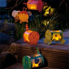Different shaped lantern for the St. Diy And Crafts, Arts And Crafts, Paper Crafts, Diy For Kids, Crafts For Kids, Lantern Crafts, Saint Martin, Mid Autumn Festival, Preschool Crafts