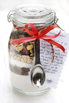 Holiday Food Gifts: Cookie Mix in Jar
