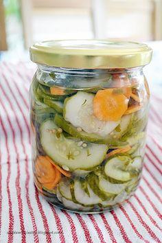 Akademia Ciastek... i nie tylko: Szwedzka sałatka z ogórków do słoików Preserves, Pickles, Cucumber, Food, Meals, Pickling, Cauliflower, Preserve, Yemek