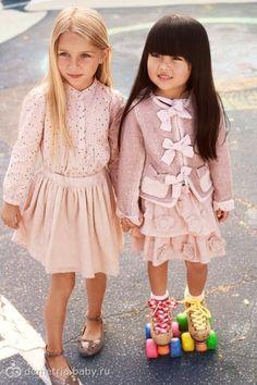 Модные детки!!! много фото… приятно смотреть на нарядных детей!