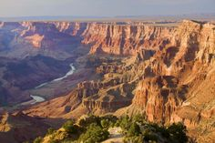 Grand Canyon: Hike the Bright Angel Trail, the most popular route into the canyon and—since it's equipped with water, rest rooms and lots of shade—the most comfortable path in the summertime. Grand Canyon South Rim, Grand Canyon National Park, National Parks, Bucket List Destinations, Vacation Destinations, Best Summer Vacations, Bright Angel Trail, World Heritage Sites, Travel Usa