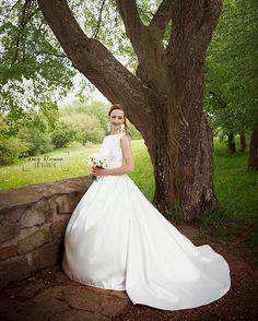 "Páči sa mi to: 48, komentáre: 1 – Amy Klusová - Fotografie 📷📷😊 (@amyklusova) na Instagrame: ""💏 #svadba #slovakia #laska #love #relationship #goals #married #forever #happy #svadba_uz…"" Formal Dresses, Wedding Dresses, Instagram, Fashion, Dresses For Formal, Bride Dresses, Moda, Bridal Gowns, Formal Gowns"