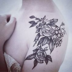 """Just when you thought flower tattoos were ordinary. By @rebecca_vincent_tattoo on the beautiful @omgitslozzae"""