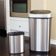Protect your cooking area from trash disasters. Only Glad has the durability of ForceFlex, therefore trash can spread out to prevent holes as well as tears. The drawstrings make all of them very easy in order to raise as well. http://13gallontrashcan.org/