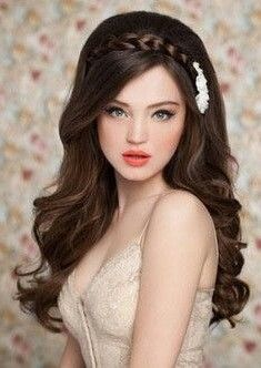 quinceanera hairstyles with bangs Wedding Hairstyles - Quinceanera hairstyles with bangs , quinceanera frisuren mit pony - Hairstyles For Gowns, Wedding Hairstyles For Long Hair, Hairstyles For Round Faces, Bride Hairstyles, Headband Hairstyles, Hairstyles With Bangs, Cool Hairstyles, Hairstyle With Gown, Hairstyles For Women Long