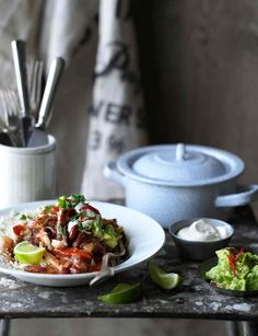 Turn up the heat with this chilli con chicken Healthy Recipe Videos, Healthy Dinner Recipes, Healthy Snacks, Cooking Recipes, Healthy Hair, Meals For Four, One Pot Meals, Dinner Recipes For Kids, Food Styling