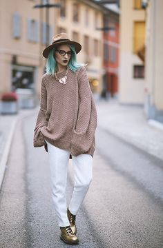 More looks by Gina Vadana: http://lb.nu/vintageena  #chic #classic #street