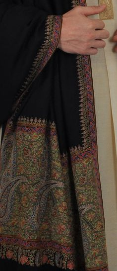 Pure Kashmir Pashmina Shawl with Kashmiri Sozni ( needle point) floral hand  embroidered 13 inches wide pallav borders along the width of the shawl and  ... 4ef795dbdc7