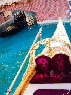 Gondola ride sounds lovely,So worth it my gondola was fancy like this one Great Places, Places To Go, Beautiful Places, Rest Of The World, Wonders Of The World, Venice Travel, Capri Italy, Dream Vacations, Dream Trips