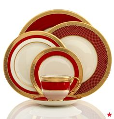 What's our holiday color palette looking like this year? Bold pops of red (duh) and lots of gold! It's pretty easy to see why we're obsessed with the Lenox Embassy collection