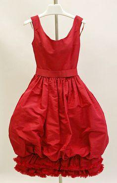 Dior silk cocktail dress 1959 #dress #50s #50sdress #retro #gown #vintage #partydress #fashion #cocktail_dress #highendvintage #feminine #designervintage