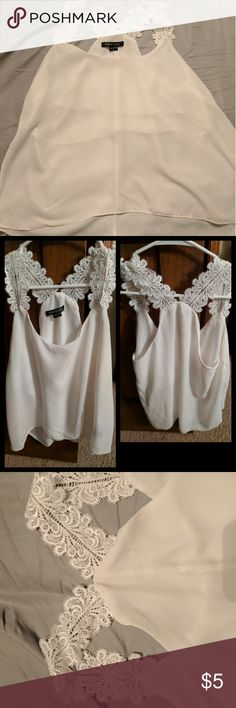 *Pending Order*🌸Adorable🌸 Sheer Blouse Preowned...Worn once. Lined under bra area lower area sheer. Tops