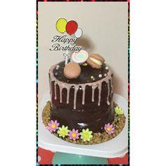 "24 Likes, 1 Comments - Hunter macarons (@hunter_macarons) on Instagram: """" Chocolate Mud Cake "" #macarons #bakery #pastry #patisserie #cake #chocolatemudcake #dessert…"""