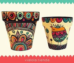 dolores pardo objetos (@vialola.tienda) | Instagram photos and videos Painting Clay Pots, Pottery Painting, Ceramic Painting, Painted Plant Pots, Painted Flower Pots, Recycled Crafts, Diy And Crafts, Suculentas Cactus, Pots D'argile