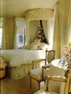 All Things Shabby and Beautiful Dream Bedroom, Master Bedroom, Bedroom Decor, Fantasy Bedroom, Dream Rooms, Bed Crown, French Country Bedrooms, Beautiful Bedrooms, Decoration