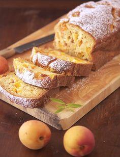 Skinny Apricot Loaf Cake {Greek yogurt, wheat flour}