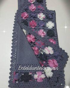 Crochet Baby Dress Pattern, Crochet Cardigan, Crochet Patterns, Pull Crochet, Crochet Clothes, Pulls, Thing 1, Sweaters, Dresses