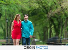 Engagement photo ideas and moments. We are a destination photography studio . We're here to tell your story. For more questions please email us info@originphotos.com or 516-500-1104.#engagement #engaged #proposal #lovestory #bride #groom #love #originphotos #longislandwedding #modernwedding #wedding #weddingphotos #bestweddingphotos
