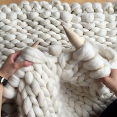 """Extreme knitting in action!  Love the sound of the birch knitting needles- so soothing to my ears  {Fluffy merino wool by @mamaknowsclipsandcrochet with 50 mm's ❤️- """"AllAboutAmi05"""" for 5% off }"""