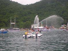 Carnamar - abertura do carnaval no mar em Paraty
