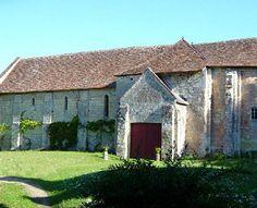 Eglise Saint-Martin, lieu-dit Etableau (rattaché en 1821 à la commune du Grand Pressigny, 37350) -  L'église Saint-Martin,  après avoir été fin XII° siècle église d'un prieuré bénédictin dépendant de l'abbaye de Pontlevoy, fut église paroissiale d'Etableau jusqu'au début du XIXe siècle ; date de la fusion des communes et donc des paroisses d'Etableau et du Grand-Pressigny.