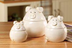 3 Little Pigs Whimsical Kitchen Canister Set Farmyard Whimsy Piggy Ceramic Jar Decorative Kitchen Table Counter Top Accent Storage Organization Decoration (Brought to you by GE Appliances and ) Pig Kitchen Decor, Whimsical Kitchen, Kitchen Decor Themes, Country Kitchen, Owl Kitchen, Kitchen Storage, Kitchen Canister Sets, Cute Piggies, Collections Etc